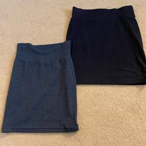 Pair of 2 pencil skirts